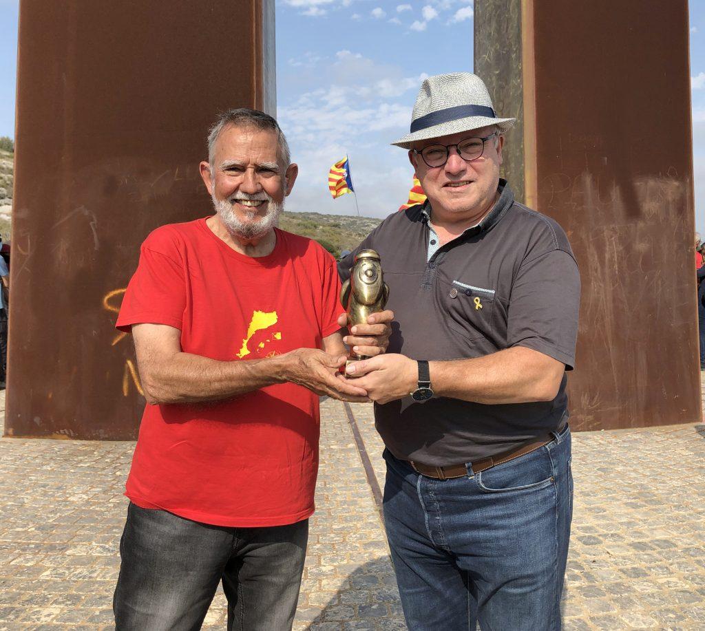 Entrega el Premi Gollut el Director del Festival, Jaume Palmés